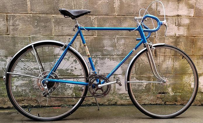 1964 10 speed Schwinn Varsity currently unrestored. 58cm, 5'9-5'11