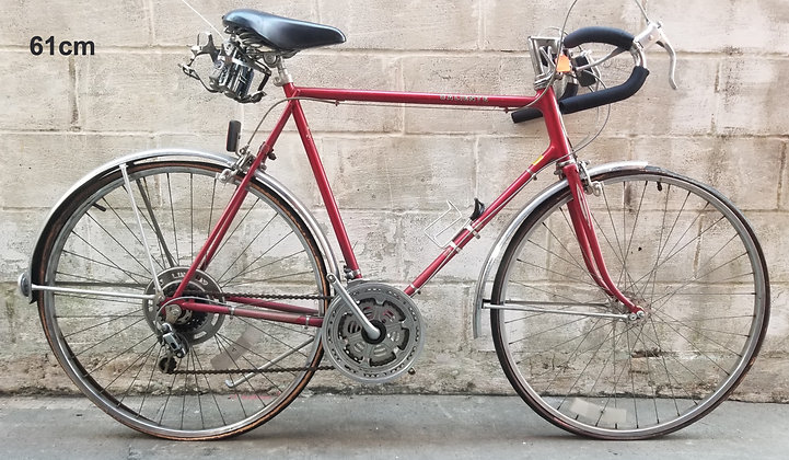 Vintage 10 speed 1979Schwinn Calietecurrently unrestored. 61cm, 6'2- 6'4
