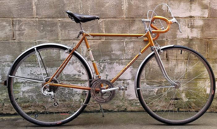 Stunning Copper Tone 1964 Schwinn Sierra. 56cm