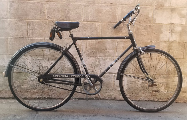 Vintage Columbia Sports 3 speed Cruiser currently unrestored. 53cm, 5'4-5'7