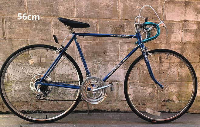 Vintage 10speed 1980 Schwinn Varsity completely restored. 56cm. 5'9-5'11