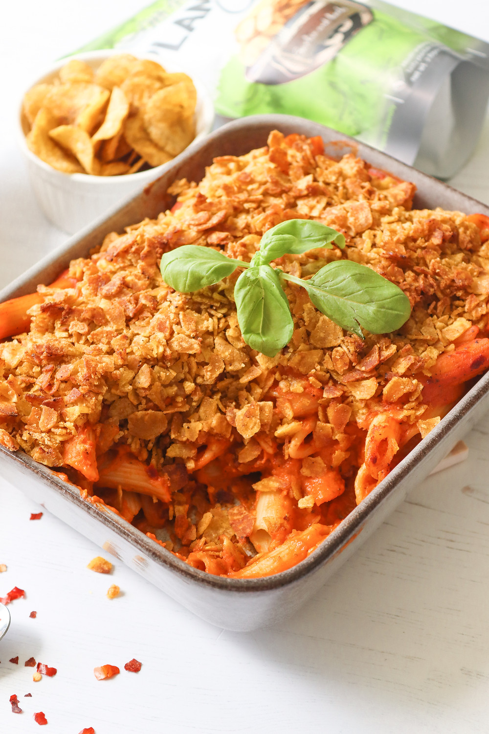 Food Photography by nb: social – Vegan Creamy Tomato Pasta with Crispy Plantain Topping using Mr Plantain's Garlic & Herbs Crisps