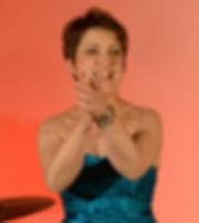 Magali Lange chanteuse comédienne chef de choeur jazz voix-off voice-over documentaire publicité spectacle