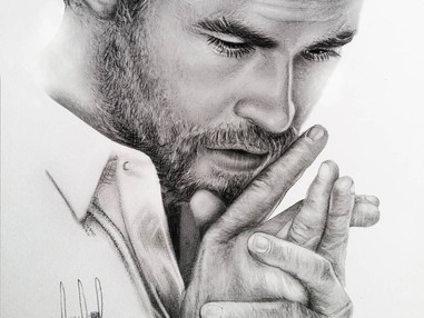 Chris Hemsworth Portrait