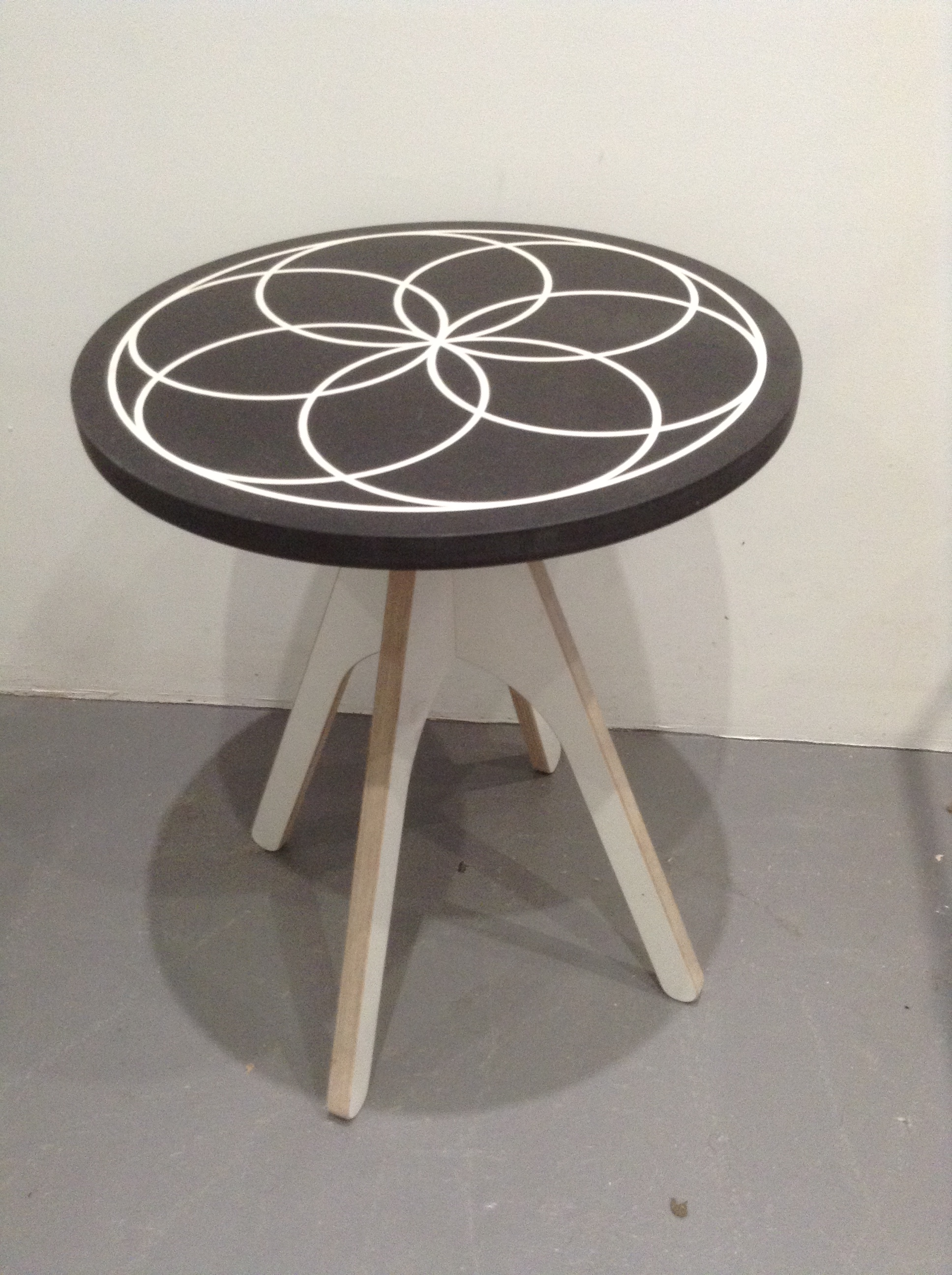 SPIRO large table