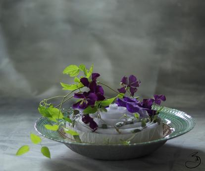 Centre de table fleur bleu