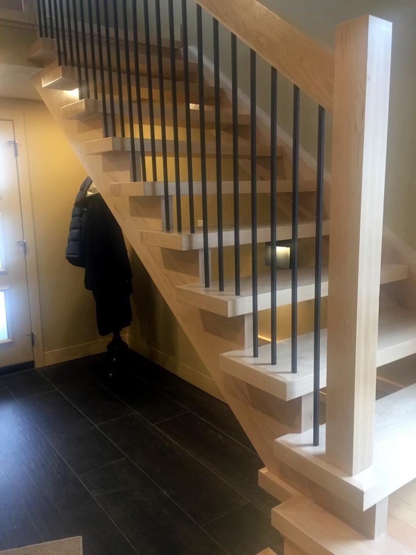 Open Riser Staircase 4