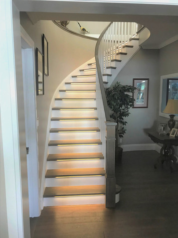 Curved Staircase 5
