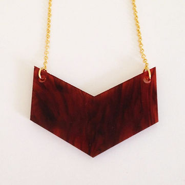 tortoiseshell chevron necklace.jpg