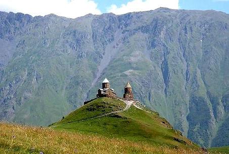 Гора Казбег Грузия.jpg
