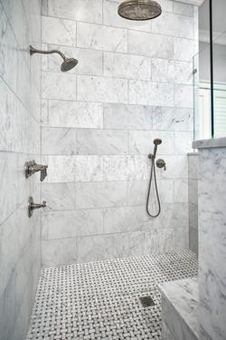 Master Shower 1 Web