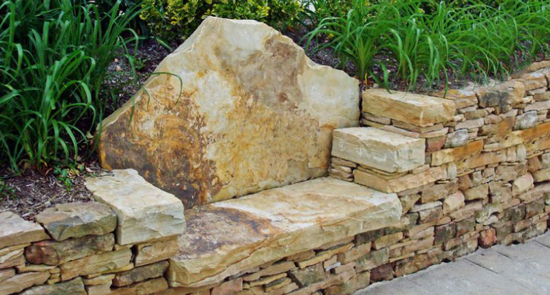 stone-retaining-wall-bench-uns-ft