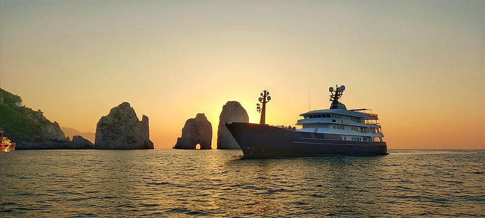 M/Y FORCE BLUE AT ANCHOR