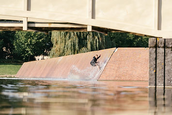 Sculpture Wakeskate Photo bysebastian.jp