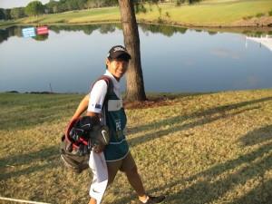 Australian PGA Championshipにてキャディを勤めたヤン!