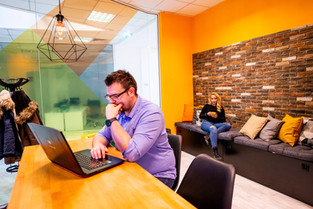 Why rent an office for a day (5 benefits in 2021)?