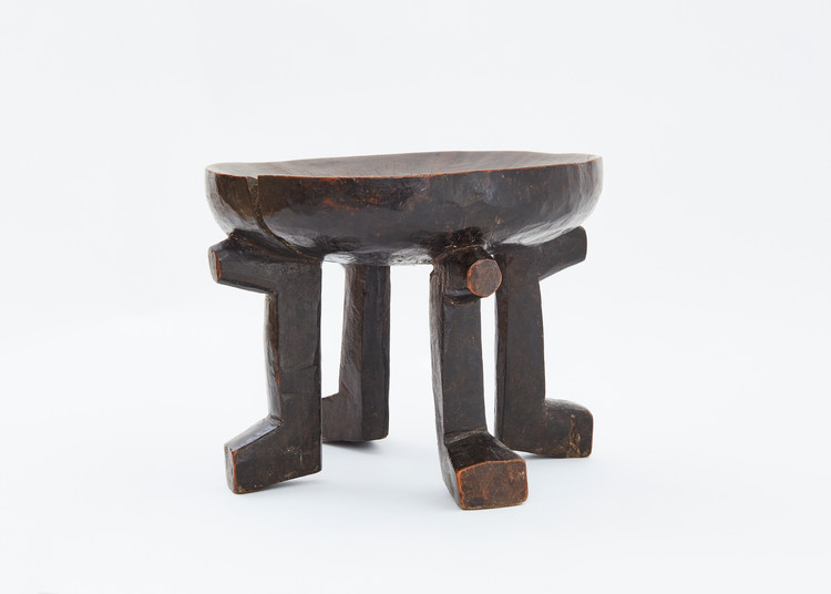 Dinka stool