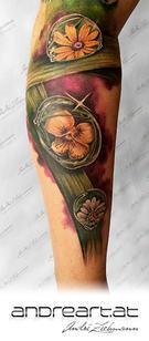 Wassertropfen_tattoo_by_andre_zechmann.j