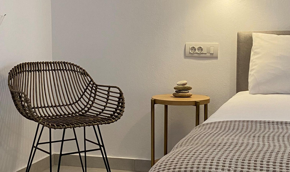 Room-No2d.jpg