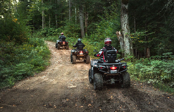 Quad; Motoneige; Côte-à-Côte; Side-by-Side; location; excursion; tourisme; Laurentides
