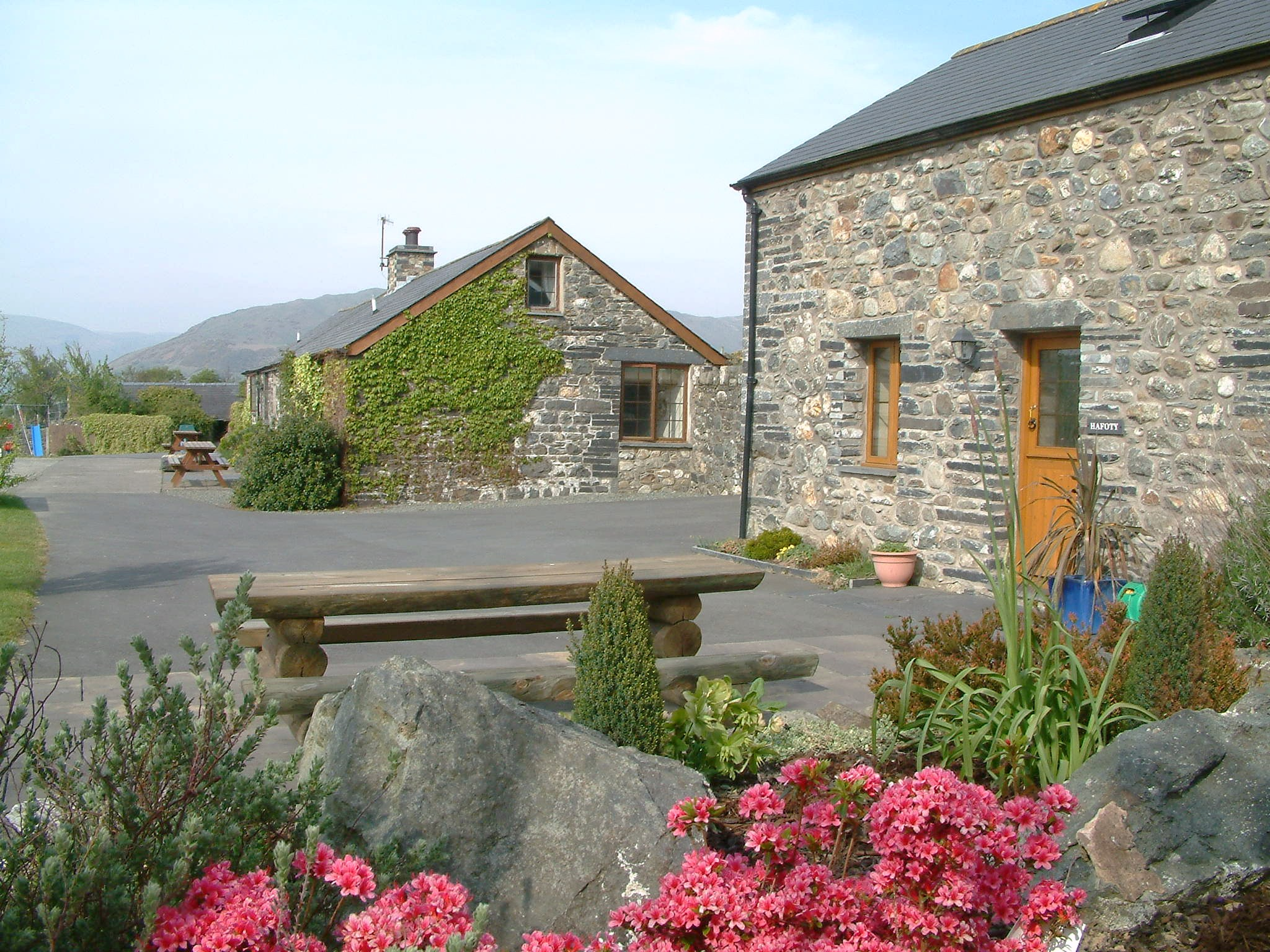 Cynfal Farm Cottages