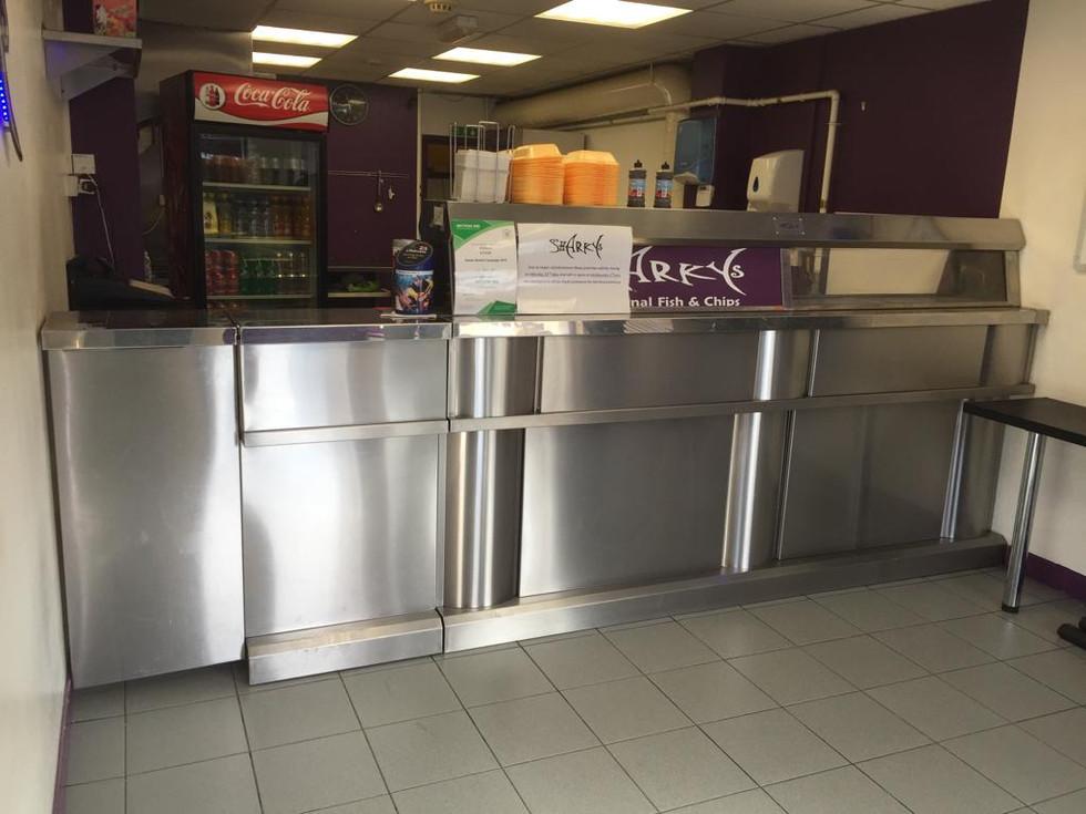 Regal shop frying range