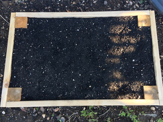 Instructions to Make Your Own Raised Garden Bed
