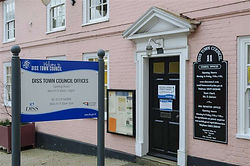 Town Council Offices open for telephone and email enquiries only
