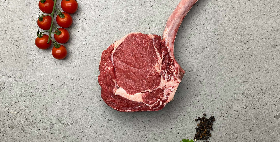 Beef Tomahawk Steak (800g)