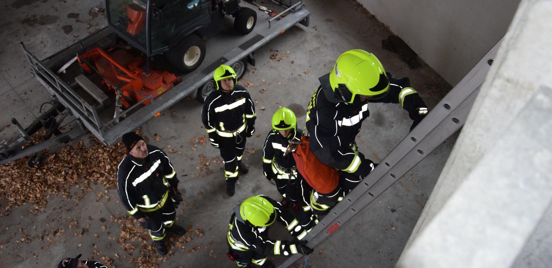 Leitern und Sicherungen