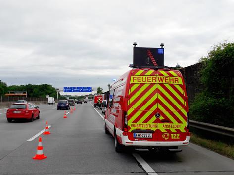 Vermeintlicher Fahrzeugbrand auf Westautobahn
