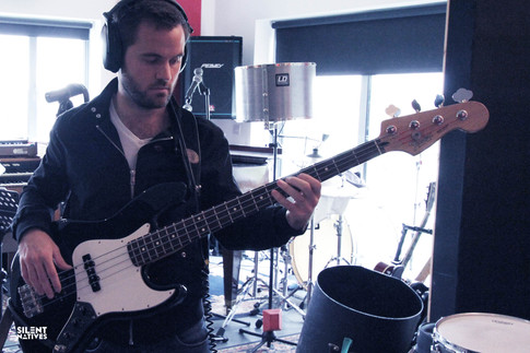 Rich recording bass lines at Wood's Lodge Studios