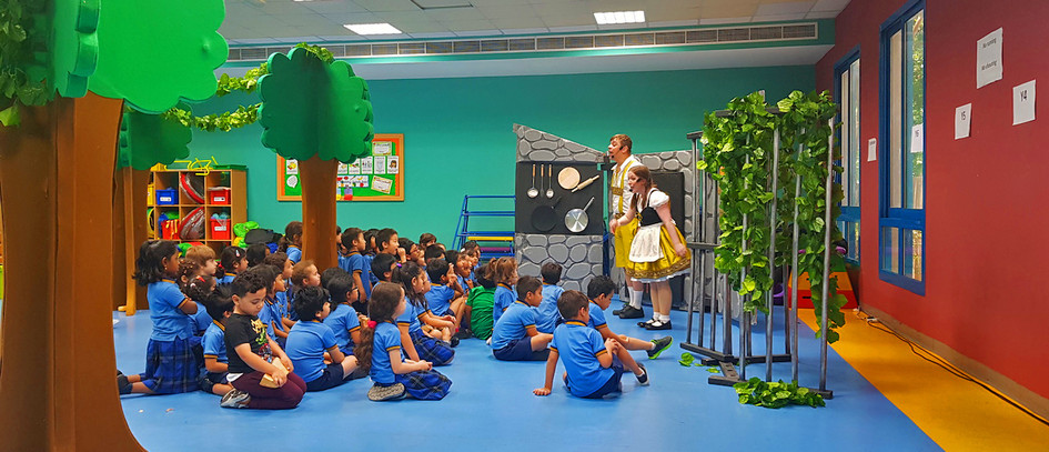Hansel and Gretel at Capitol school 2.jp
