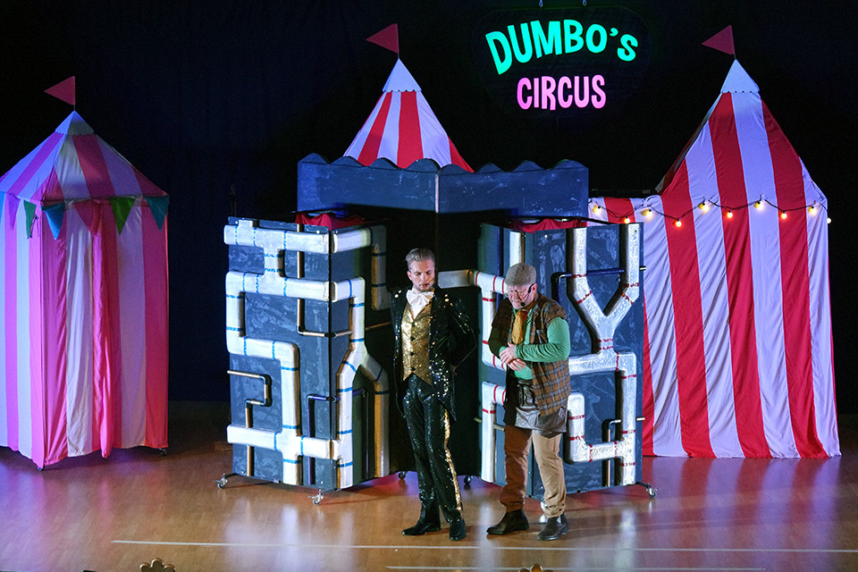 Ringmaster and Terrence