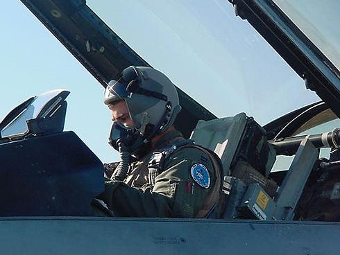 JJ F-16 picture.jpg