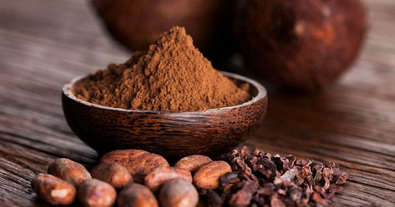 Me Books: raw cacao powder is one of the Superfoods that will support your child's health