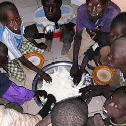 Cisse Niass Project Children at Breakfast