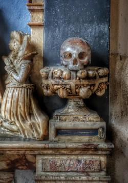 33. Memorial to Sir Robert & Lady Elizabeth Suckling