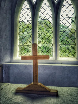 8. Altar detail