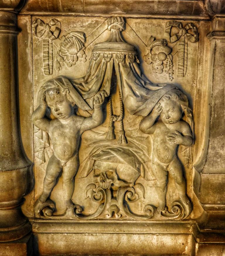 21. Katherine Castell tomb detail