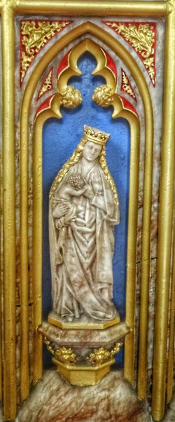 6. Altar detail