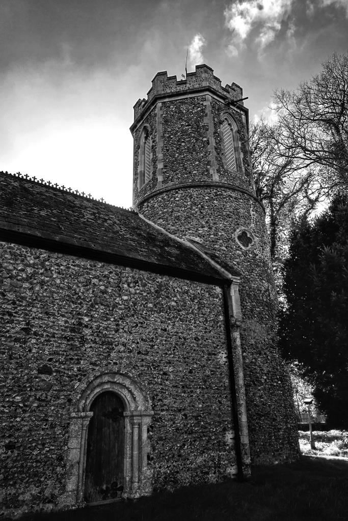 St Peter, Clippesby