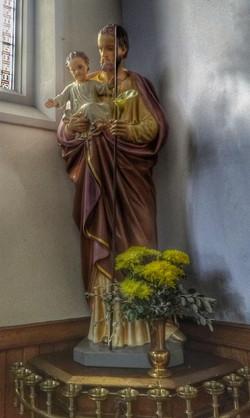 22. Statue detail