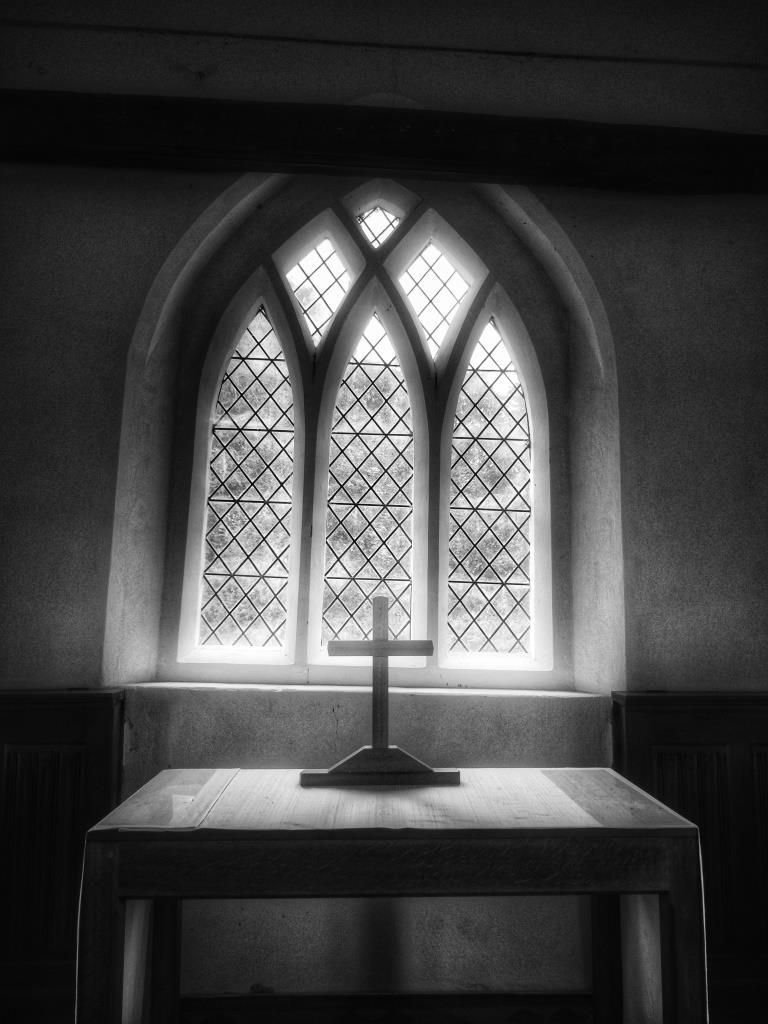 18. Altar detail
