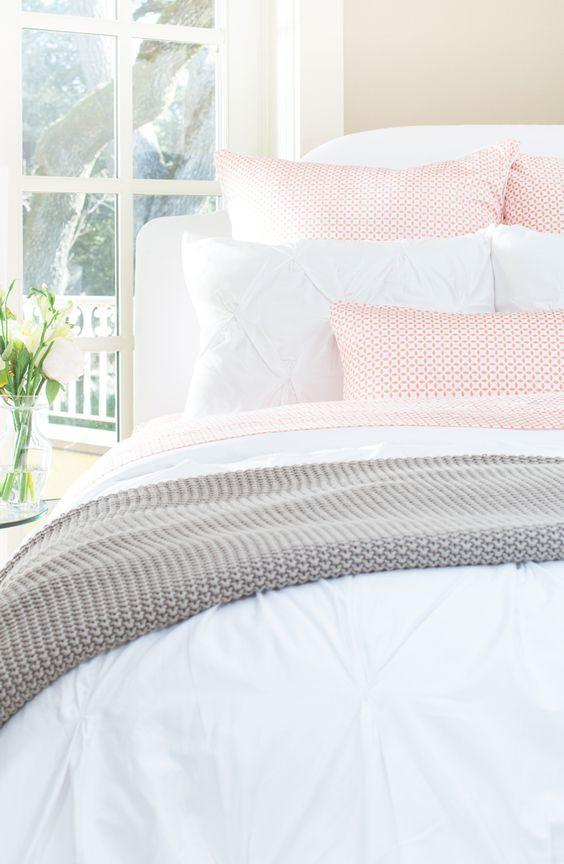 Beddings for an organised bedroom