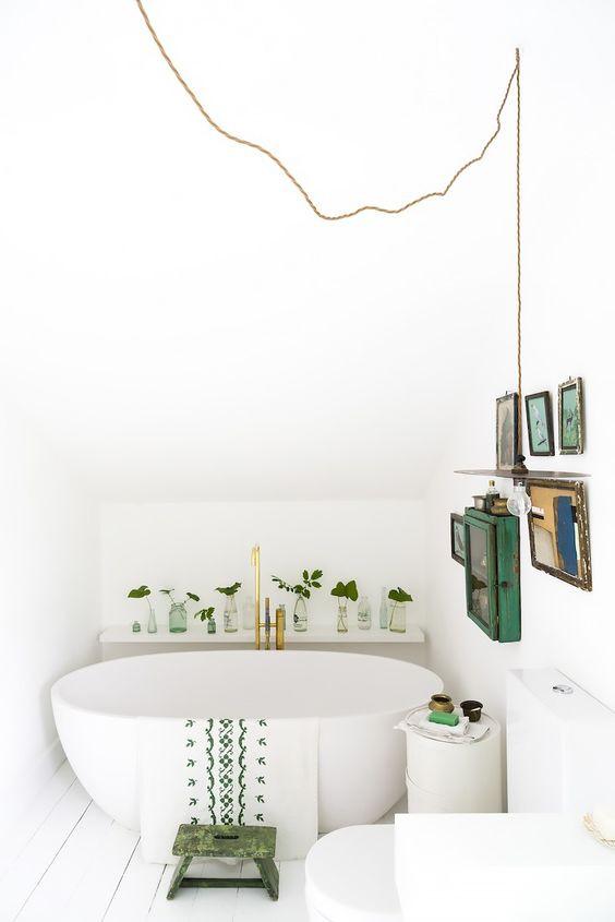 Green Bathroom - Homefulness