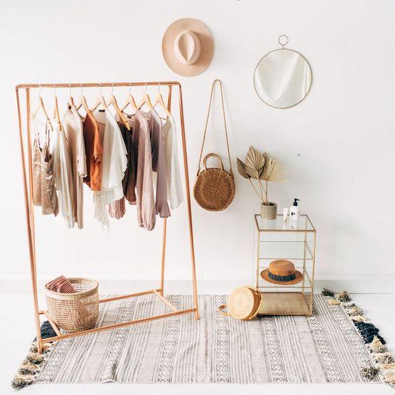 Organised wardrobe - Homefulness