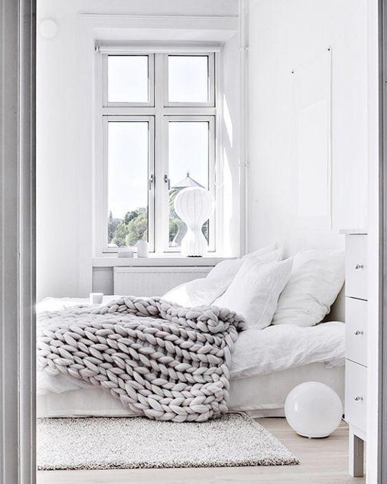 All white organised bedroom - Homefulness