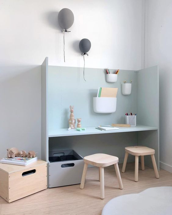 Organised kids desk - Homefulness