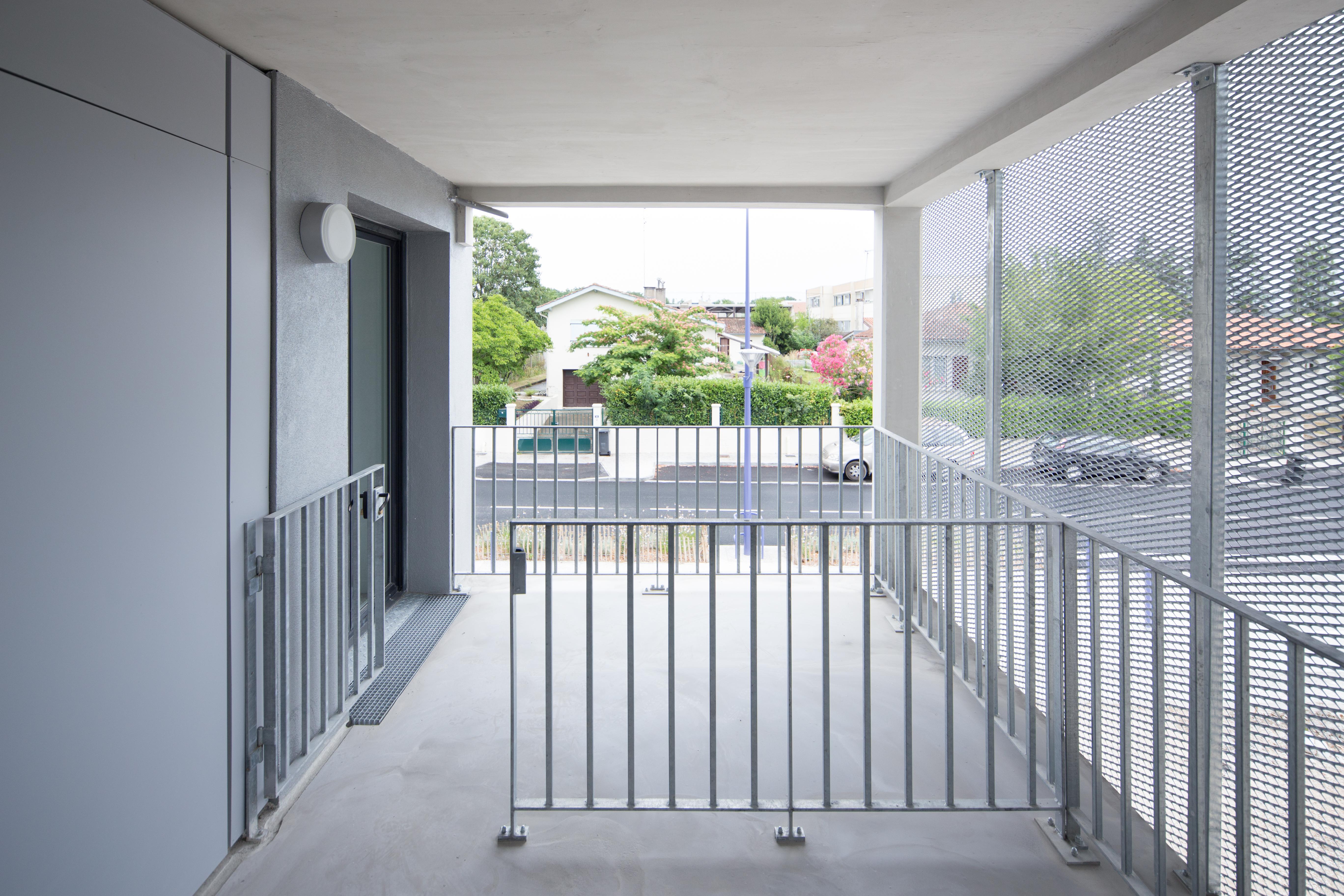 18 logements - Lormont - balcon